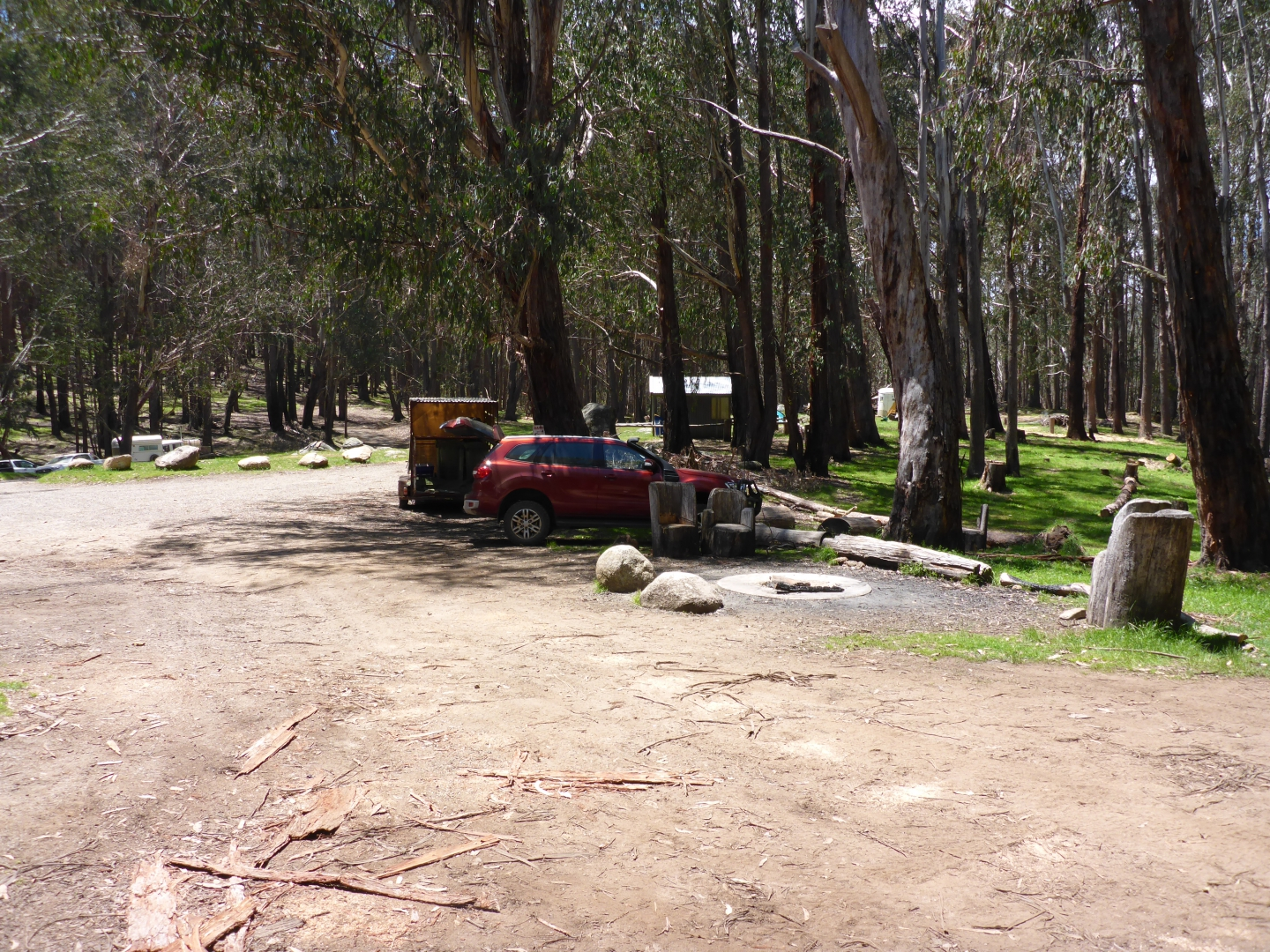 Razorback hut camping area complete with toilets and bins